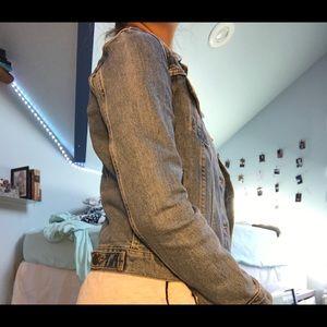 Levi's Jackets & Coats - levi's vintage jean jacket size small